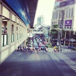 Photo taken at แยกอโศก (Asok Intersection) by Sorn Savisith |. on 11/14/2011