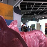 Photo taken at ART HK 12 - Hong Kong International Art Fair by Razlan M. on 5/19/2012