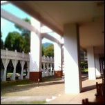 Photo taken at คณะมนุษยศาสตร์ (Faculty of Humanities) by Mark V. on 10/13/2011