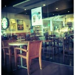 Photo taken at Starbucks Coffee by Jem F. on 7/2/2012