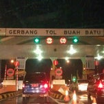 Photo taken at Gerbang Tol Buah Batu by Teguh S. on 12/2/2011