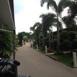 Photo taken at Thai Garden Resort (ไทยการ์เด้น รีสอร์ท) by Pong L. on 8/31/2012