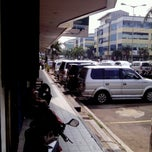 Photo taken at Bersih Sehat by Unang S. on 6/1/2012