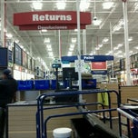Photo taken at Lowe's Home Improvement by Anne S. on 9/12/2011