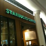 Photo taken at Starbucks by Micko R. on 8/20/2012