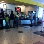Photo taken at Carl's Jr. by Juan Eduardo C. on 7/16/2011