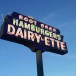Photo taken at Dairy-ette by Randall W. on 4/7/2012