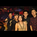 Photo taken at Mist Club by Ashleay Siew on 7/7/2011
