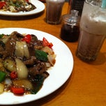 Photo taken at HK Diner 荷李活 by Joanna F. on 12/21/2011