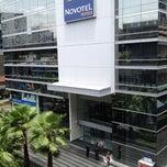 Photo taken at Novotel Bangkok Ploenchit Sukhumvit by ไพโรจน์ ช. on 6/20/2012