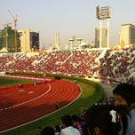 Photo taken at สนามศุภชลาศัย (Supachalasai Stadium) by Kachen S. on 2/13/2011