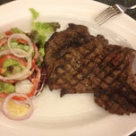 Photo taken at The Butcher Shop & Grill by The Mayor  of Jeddah on 3/14/2012