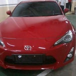 Photo taken at Toyota Margonda (PT Setia Jaya Mobilindo) Authorized Toyota Dealer by Iqbal L. on 7/16/2012