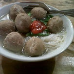 Photo taken at Bakso Jawir Tanjung Duren by Eva M. on 1/21/2012
