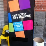 Photo taken at Nokia Gift Machine @ App Campus – Disrupt San Fran by Albert P. on 5/2/2012