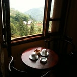 Photo taken at Holiday Sapa Hotel by leexiwen on 8/27/2011