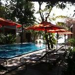 Photo taken at Sai Kaew Beach Resort (ทรายแก้ว บีช รีสอร์ท) by Vitoon T. on 2/1/2011