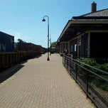 Photo taken at Metra - Deerfield by Imran A. on 8/11/2012