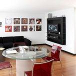 Foto tomada en Celebrities Suites & Apartments por Felipe R. el 8/17/2012