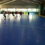 Photo taken at Meazza Futsal by aripat bayu B. on 1/16/2012