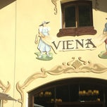 Photo taken at Viena by Esther F. on 6/16/2012