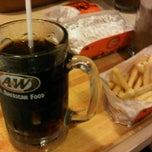 Photo taken at A&W by ♛-∂ÑƝă_Ƨ'ӃĻ®™©-♛ on 2/22/2012