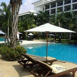 Photo taken at Ravindra Beach Resort & Spa by Piyabood C. on 3/17/2012