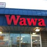 Photo taken at Wawa Food Market #191 by Cody D. on 7/18/2012