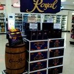 Photo taken at Big Daddy's Spirits, Beer & Wine by Jon E. on 5/4/2012