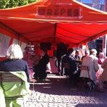 Photo taken at Töölön Torikahvila by Petri K. on 5/29/2012
