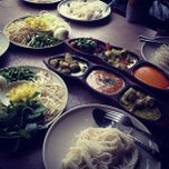 Photo taken at ขนมจีนสวนสิริน (วัชรพล) by Jakkaput J. on 4/4/2012
