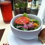 Photo taken at Horta Café & Bistrô by Leonardo R. on 3/23/2012