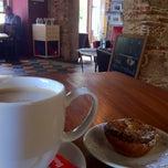 Photo taken at Cruzes Credo Café by Maki on 7/7/2012