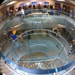 Photo taken at Apple Store by Edwin M. on 8/27/2012