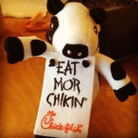 Photo taken at Chick-fil-A by Kahuna Matata on 2/8/2012