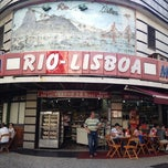 Photo taken at Padaria Rio-Lisboa by Erasmo A. on 8/9/2012