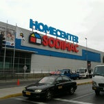 Photo taken at Homecenter Sodimac by Ricardo A. on 6/19/2012
