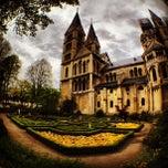 Снимок сделан в Munsterkerk пользователем Michel 4/29/2012