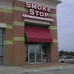Photo taken at Smoke Stop by Matthew N. on 8/8/2012