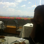 Photo taken at 테라스 (The Terrace) by 미연 전. on 4/26/2012