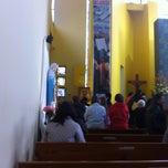 Foto tomada en Iglesia Parroquial La Medalla Milagrosa por Paola V. el 5/11/2012