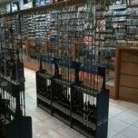 Photo taken at Toko Pancing Jackpot by Ri_Ra on 7/12/2012