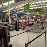 Photo taken at Office Depot by enrique f. on 6/16/2012