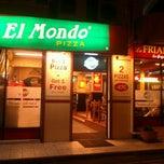 Photo prise au El Mondo Pizzeria par Azhar K. le5/9/2012