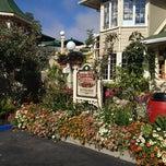 Photo taken at Apple Farm Inn & Restaurant by Sam C. on 9/1/2012
