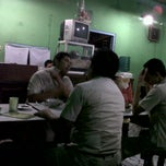 Photo taken at Bakso Empal Sapi by Rio R. on 5/31/2012