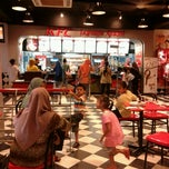Photo taken at KFC by Nina S. on 7/12/2012