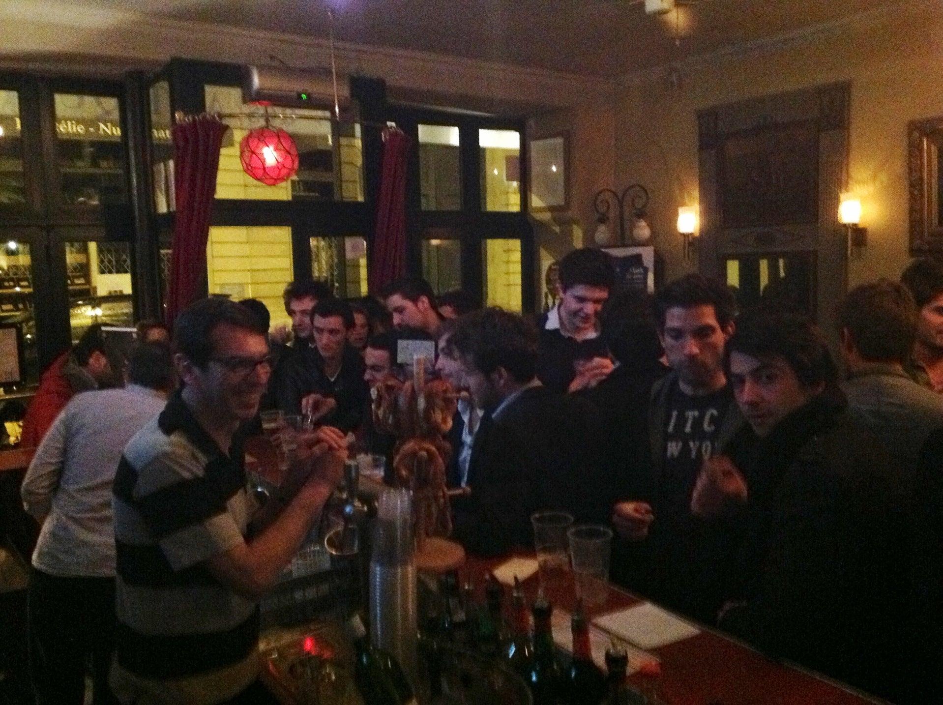 Le Café des Antiquaires