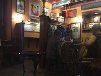 бар Диккенс Паб / Dickens Pub