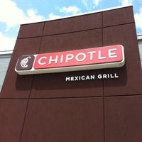 Photo taken at Chipotle Mexican Grill by Walter J. on 6/2/2012